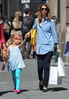 Sofia+Coppola+Sofia+Coppola+Daughter+Shopping+FTdO_o31h0ql