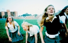 The-Virgin-Suicides-the-virgin-suicides-1413834-400-250