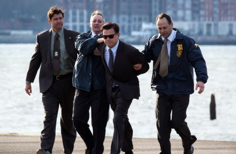 leonardo-dicaprio-arrested-on-wolf-of-wall-street-set-22