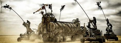 """Un vehículo armado de otros vehículos y otras locuras en """"Mad Max: Fury Road""""."""